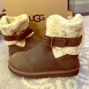 Almost brand new UGGS size 8